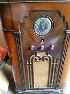 Rogers Antique Radio -workimg!