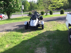 CAN am spyder a vendre