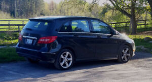 2013 Mercedes-Benz B-Class B 250 Sports Tourer Sedan