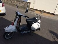 AJS Modena 125 Black and White - Excellent Condition