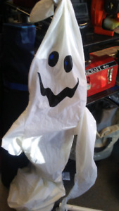 Spooky inflatable ghost