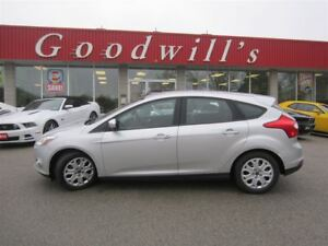 2012 Ford Focus SE! Bluetooth!