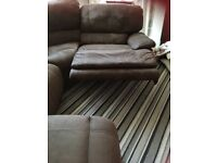 Corner brown sofa very good cond !!