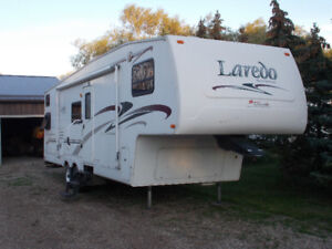 Larado 29BH  5th Wheel