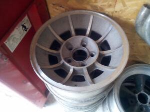 American Racing '' Vector '' 15x7 GM !!