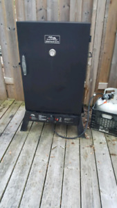 Masterbuilt elite smoker