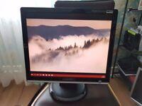 SAMSUNG LCD Monitor