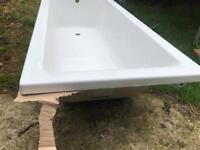 Bath tub brand new 1700 by 700