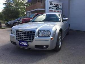 2005 Chrysler 300 / CERTIFIED / DYNASTY AUTO