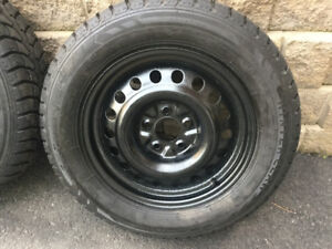 4 pneus Hiver 225/65r17 Winter Claw EXT Grip / Equinox 5x120