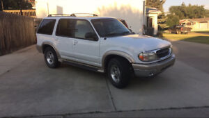 2000 Ford Explorer New Motor