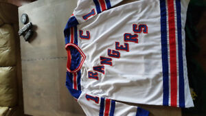 Mark Messier Authentic Autographed Jersey