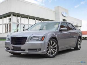 2014 Chrysler 300 $192 b/w tax in | S | Leather Seats | Moonroof