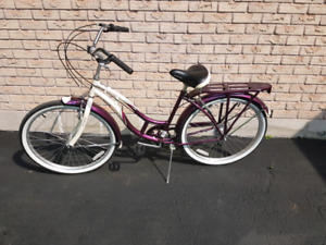 REDUCED - Schwinn Sanctuary 7 comfort cruiser bike