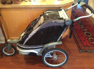Thule Chariot Chinook 1 with bike attachment in mint condition.