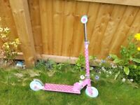 Small wonders pink spotty scooter two wheels