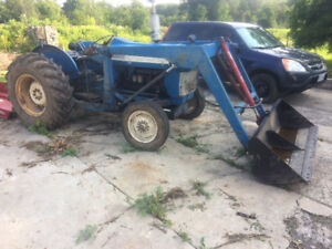 1966 Ford 3000 loader tractor