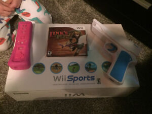 Wii set with extra controller, Shooting game and gun