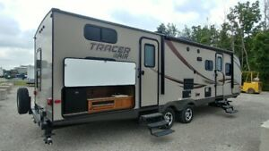 2015 Forest River Tracer Air 305 *QUAD BUNKS & OUTDOOR KITCHEN*