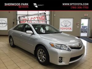 2011 Toyota Camry Hybrid! One Owner Vehicle!