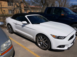 2016 Ford Mustang convertible  private sale