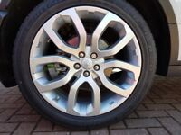 Evoque wheels with tyres