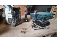 Makita twin drill set and Makita DAB site radio