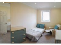 luxury DOUBLE bedroom semi ensuite (sharing bathroom with only 1 room) - newly renovated flat