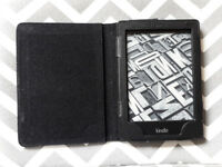 Amazon Kindle Paperwhite 2nd Gen 2013, 2GB, Wi-Fi, 6in Black (DP75SDI)