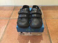 Boys School Shoes -Clarks-Black- Stomp Roar Infant - Size - 10.5 G