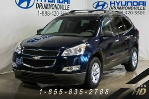 Chevrolet Traverse + 8 PASSAGERS + AWD + DEMARREUR + SHOWROOM