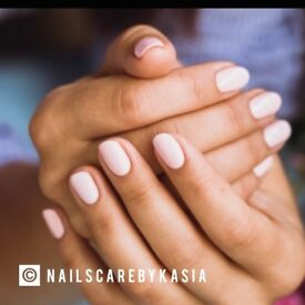 MANICURE WOODFORD, NAIL POLISH, HOME SERVICE, NAIL EXTENSION, HAND SPA, MOBILE MANICURIST