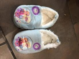 Frozen and Sofia Disney slippers size 6-7