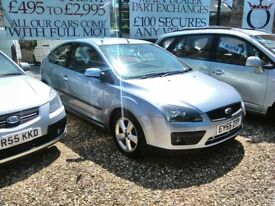 2005 Ford focus 1998 cc diesel 3 door hatch very tidy car inside and out full MOT service history