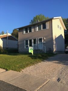 House for sale in Elliot Lake!!!