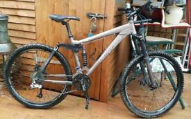 2014 Carrera banshee full suspension downhill mountain bike