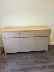 Sideboard and matching tables / cubes