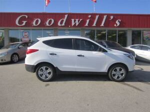2014 Hyundai Tucson GL! HEATED SEATS! BLUETOOTH!