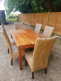 Large Solid Oak Dining Table & Chairs