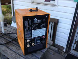 Acklands AC/DC welder made by Miller. Same as Miller Thunderbolt