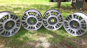 Want gone!! set of 15 inch rims