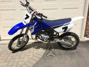 Yz85 2014 like new condition.