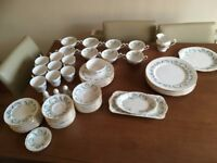 "Large ROYAL STANDARD ""GARLAND"" Bone China tea set"