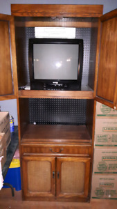 TV / stand
