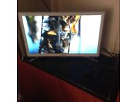 Ps4 with 22 inch smart tv 1 game, all leads