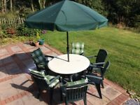 6 green Hartman resin chairs, table and umbrella with stand plus 4 matching cushions