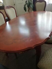 BIG TABLE 5 SEATS ,