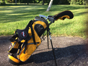 Child golf equipment