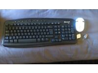 CORDLESS KEYBOARD AND 3D OPTICAL MOUSE