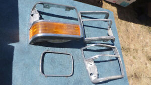 1989-92 Ford Ranger headlight surround